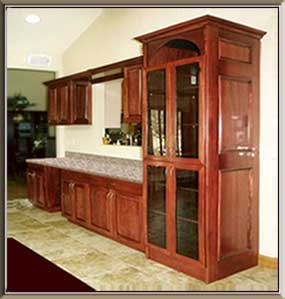 Butler's Pantry Bar Cabinetry